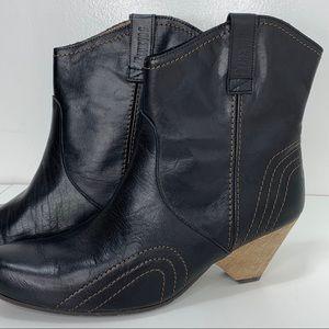 John FLUEVOG Boots Dawson City